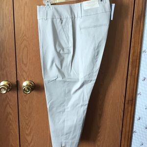 Ann Taylor NWT cropped Tan Pants